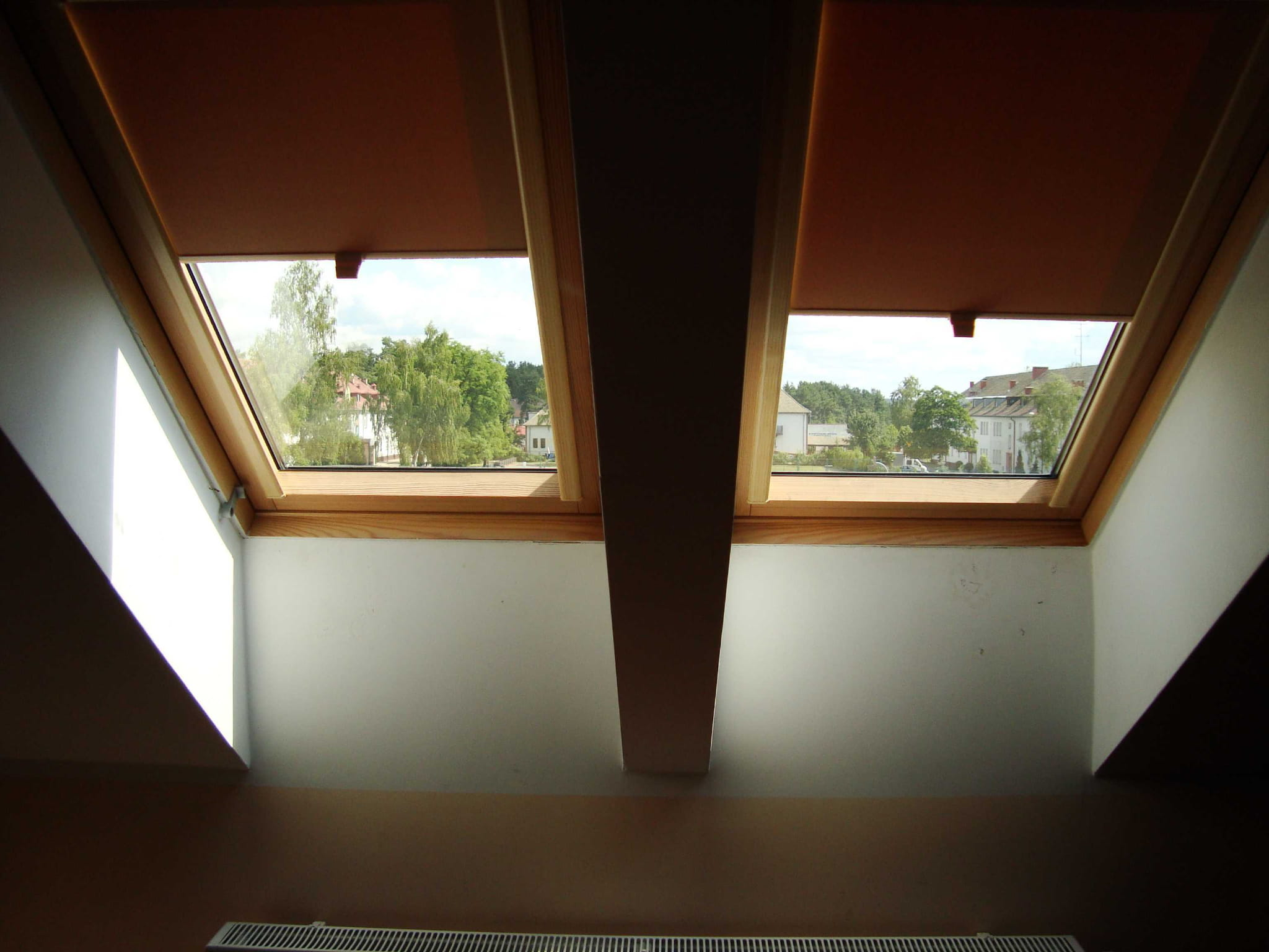 roleta dachowa podgumowana sosna ft 06 78x118. Black Bedroom Furniture Sets. Home Design Ideas